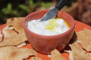 Tradicional pasta árabe que agrada a todos pela suavidade de seu sabor e de sua consistência